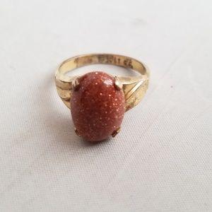Jewelry - Vintage 10 Karat Gold Ring w/ Red Goldstone